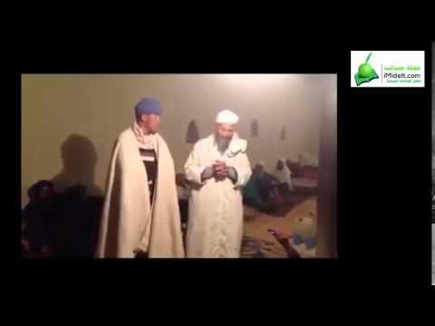 حوار شعري رائع بالأمازيغية بين أب وابنه  من ميدلت