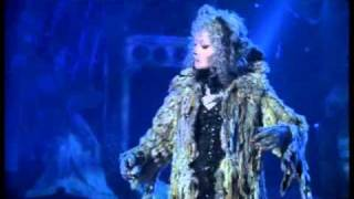 Grizabella's Rejection Elaine Paige Stars In Cats The