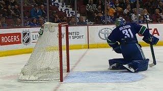 Gotta See It: Predators' Subban scores flukey goal from centre ice vs. Canucks
