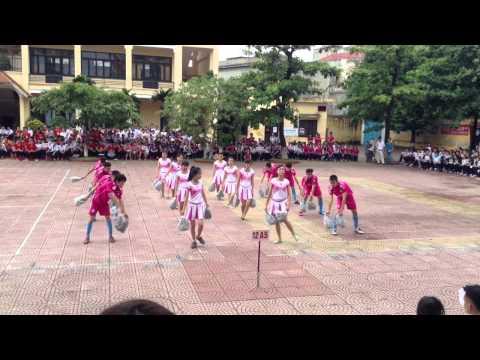 La la la ( World Cup 2014 )    - Nhảy dân vũ - A5 TNH HP
