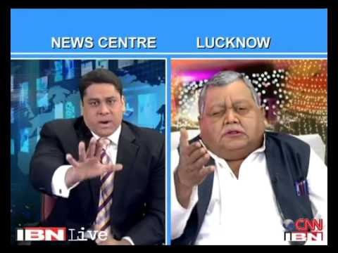 The Week that Wasn't with Cyrus Broacha - TWTW: Cyrus Broacha takes on Mulayam Singh over the extravagant Saifai Mahotsav