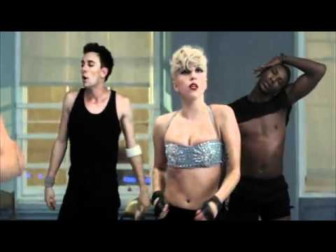Lady Gaga - Marry The Night., Lady Gaga -«Marry the Night» : en español: «Casarme con la noche»—1 es una canción interpretada por la cantante estadounidense Lady Gaga. Fue escrita y produ...