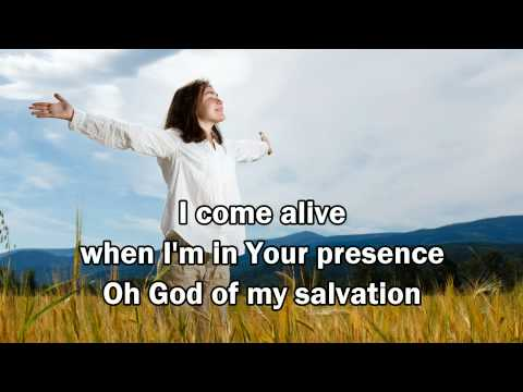 Kari Jobe - Run To You (I Need You) (with Lyrics) (Worship with tears 30)