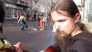 Street Musician Mariusz Goli's Improvisational Guitar
