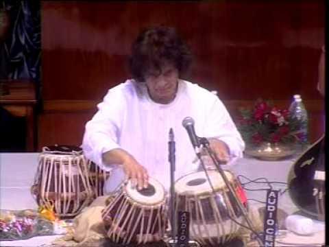 Ustad Zakir Hussain - Tintal Tabla Solo - Kolkotta