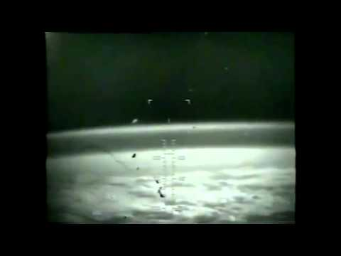 Best of NASA STS & ISS UFO OVNI Spacecraft Shuttle Spaceship Mothership Video Compilation.flv