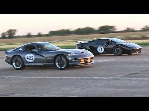 Twin Turbo Lamborghini vs Viper