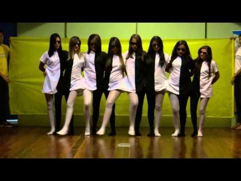Dança ilusão de ótica na Feira Regional de Ciências da 6ª Crede