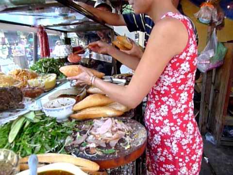 Making Banh Bi Dac Biet, Tiem Banh Mi Phuong