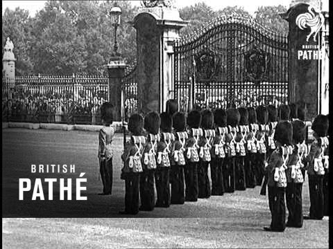 Business Men Mount Guard At Buckingham Palace (1938)