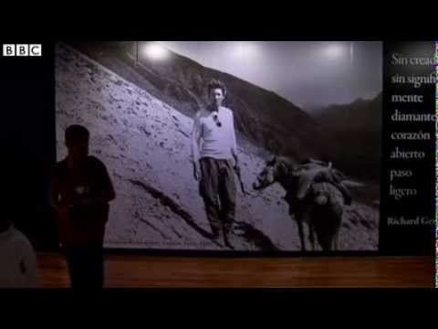 Actor Richard Geres Tibetan photos go on display in Mexico