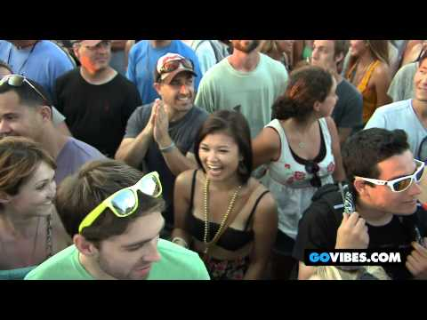 "The Avett Brothers Perform ""Laundry Room"" at Gathering of the Vibes Music Festival 2012"