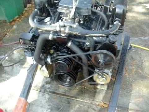 5.7 Small Block Chevy 350 Rebuilt Marine Engine Test - YouTube