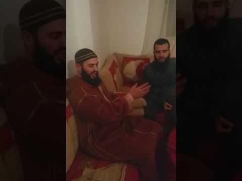 لقاء ممتع للشيخ التطواني المرح رضوان بن عبد السلام مع الشاب رزقي (شاهد الفيديو)