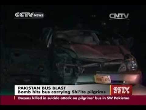 Pakistan bus bombing by Punjabi Lashkar-e-Jhangvi kills 28 Shi'ite in Baluchistan