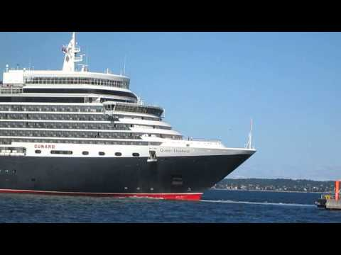 m/s queen Elizabeth cruise ship leaving Tallinn