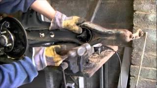 Honda Civic Trailing Arm Bushing Replacement, Brake-shoes