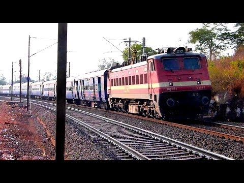 BSL WAP4 22965 ROLLING DOWN WITH GKP LTT KUSHINAGAR EXPRESS