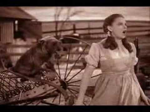 Thumbnail of video Somewhere over the rainbow (Dorothy) Mago de Oz