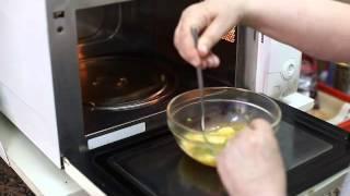 Huevos revueltos en microondas