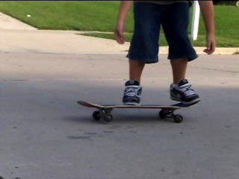 Morbidly obese kid kickflips