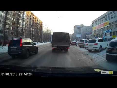 Момент ДТП в Архангельске 15.12.2015