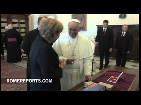 Pope Francis meets with Angela Merkel. Economy and religious liberty discussed