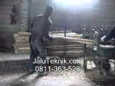 Mesin Pembelah Bambu
