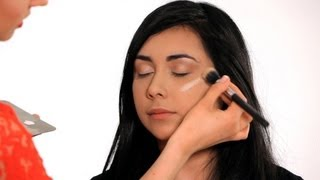 How To Make Your Face Look Thinner Makeup Tricks