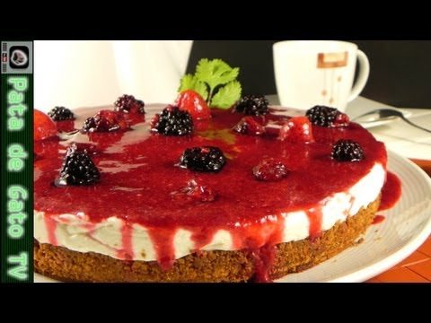 Cheesecake helado de frutas rojas paso a paso / Red fruits frozen cheesecake, step by step