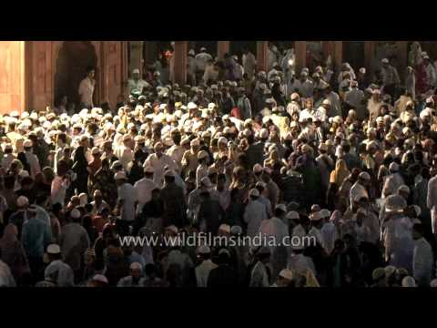 Muslim devotees clustered at Jama Masjid for Eid's Namaz