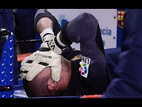 Barcelona vs Celta Vigo 3-0 2014 Victor Valdes Injury