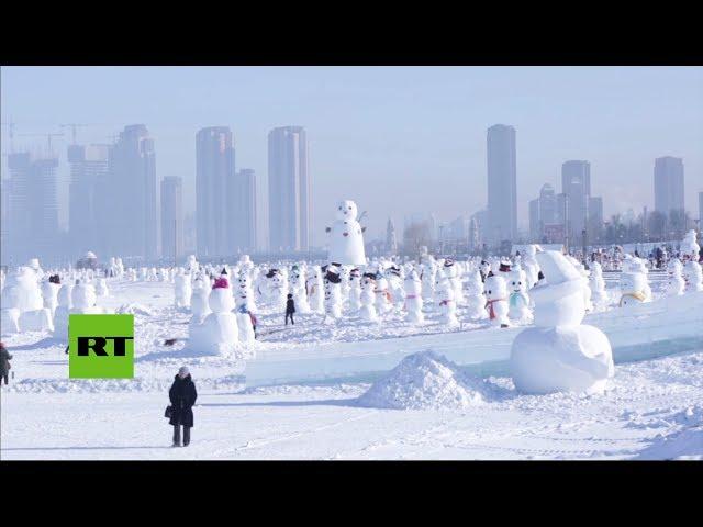 """VIRAL: 2018 muñecos de nieve """"compiten"""" por un récord Guinness"""