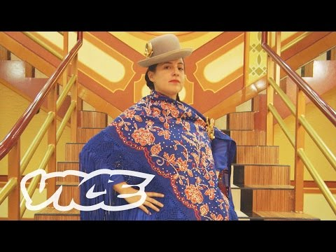 Redefining Fashion & Architecture in Bolivia: Cholitas y Cholets