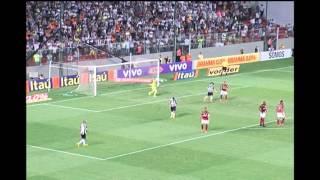Veja os gols que o Galo podia ter marcado contra o Flamengo