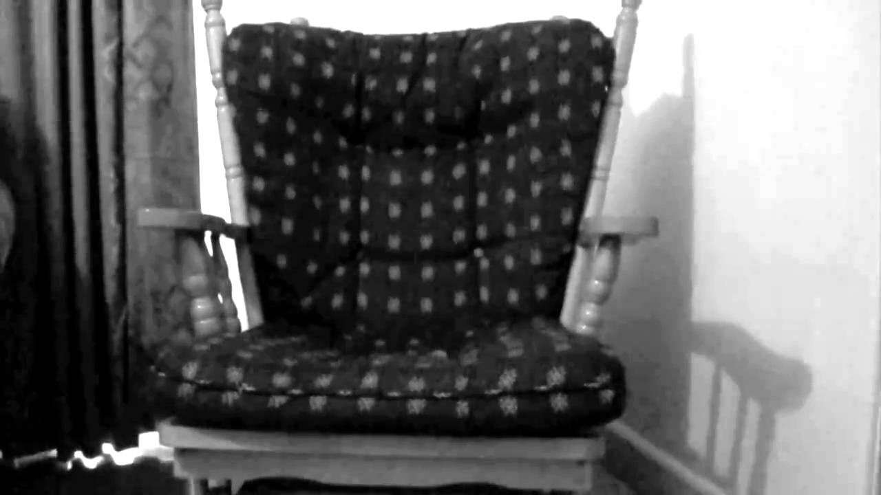 Scary rocking chair do not watch youtube