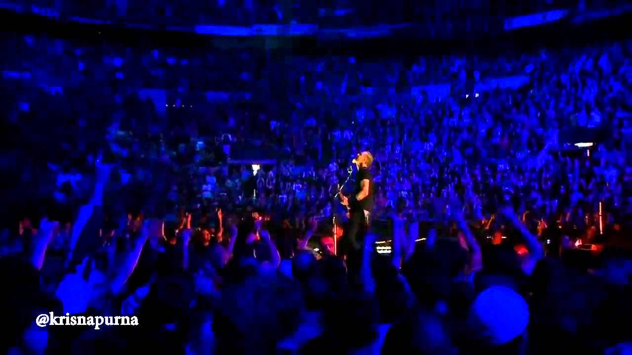 Bahkan Band Metallica mempersembahkan Video Khusus untuk Penggemar Vickyisasi - 29 is my age?! Super Keren dan Rock Abiez PULSKER !