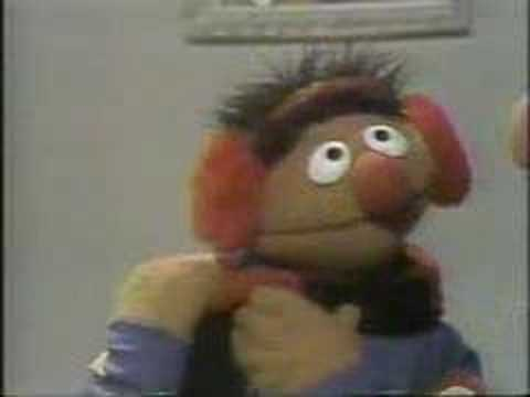 "Ernie's ""snow clothes"" guessing game (Classic Sesame Street)"