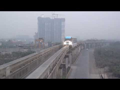 BIG BANG ! FIRST EVER MONORAIL RUN IN INDIA ( MUMBAI MONORAIL ) !!!!!