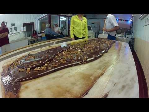 "Life to the Max Show #179 - ""An Island of Fudge"" (Mackinac Island)"