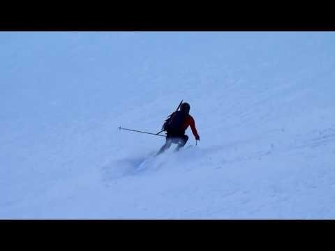 Ascensión y descenso con esquís del Pla de l'Ourcade