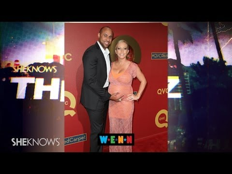 Kendra Wilkinson Gives Birth to Baby Girl! - The Buzz