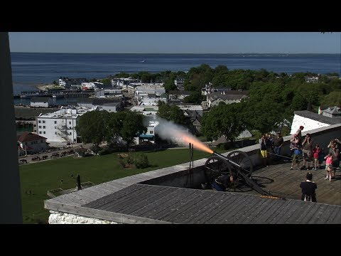 "Life to the Max Show #188 - ""Sentry on the Hill"" (Fort Mackinac)"