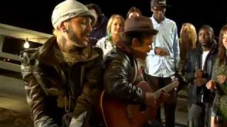 Travie McCoy ft. Bruno Mars - Dr. Feel Good