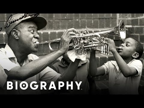 a biography of louis armstrong Louis armstrong louis armstrong was born in new orleans, louisiana on august 4, 1901 to mayanne and william armstrong his father abandoned his family during louis' infancy louis spent the first years of his life with his grandmother, josephine armstrong.