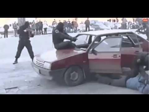 這個警察太驚人了!
