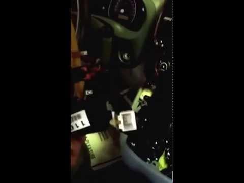 2007 Kia Sedona stereo removal
