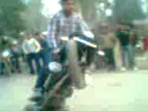 saharanpur javed stunt pulsar 220 on ambala road. by sonu