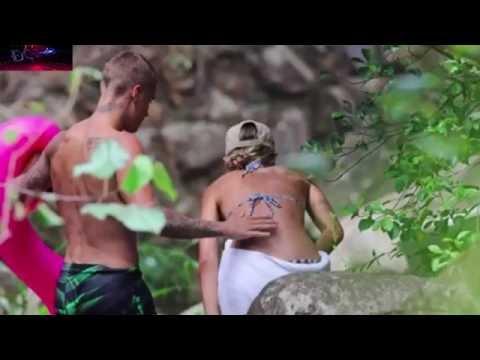 Justin Bieber LỘ HẾT HÀNG khi đi nghỉ cùng bạn gái