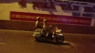CSGT mở đường đoàn xe VIP quân đội về nhà khách T78 - VIP convoy with police escort after dinner